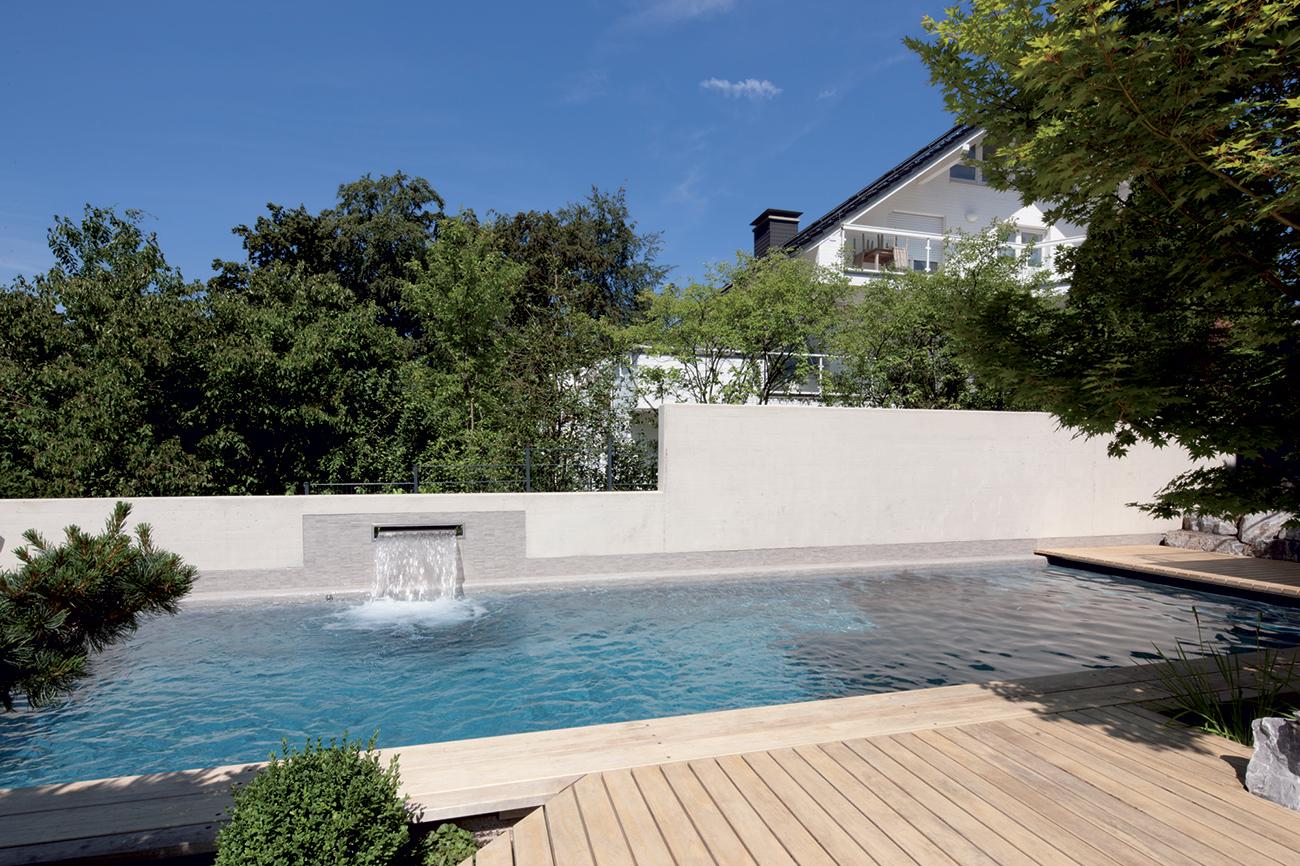 piscine debordement construction perpignan maison design. Black Bedroom Furniture Sets. Home Design Ideas