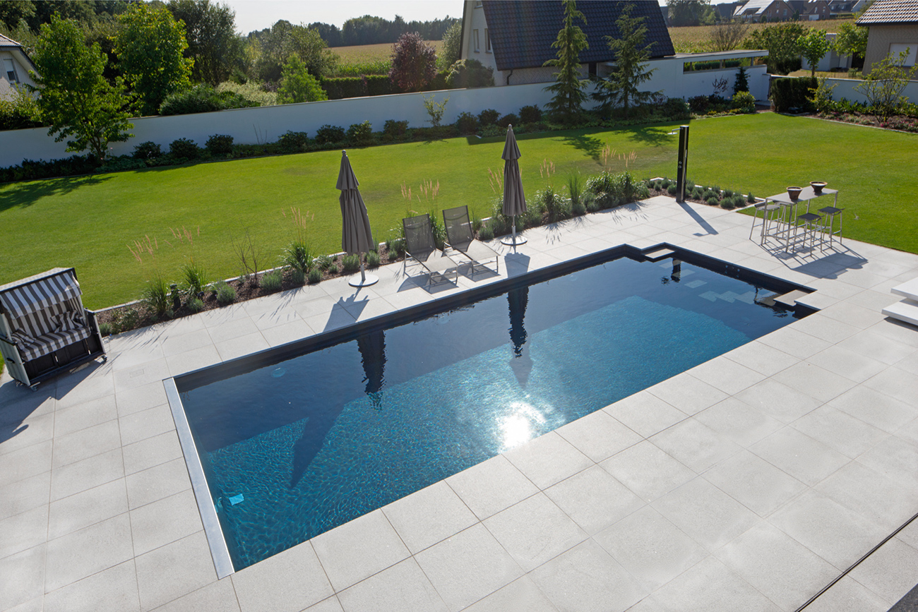 Construction piscine individuelle Riviera Pool